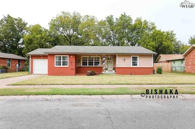 641 Pecan, Burkburnett, TX 76354 (MLS #158487) :: Bishop Realtor Group