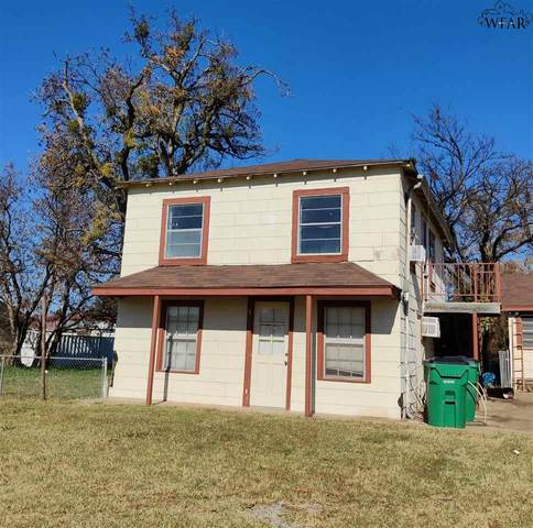 208 S Jackson Avenue, Iowa Park, TX 76306 (MLS #158730) :: WichitaFallsHomeFinder.com