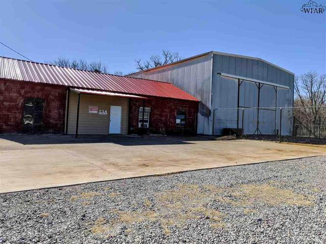 720 E 3RD STREET, Burkburnett, TX 76354 (MLS #159150) :: Bishop Realtor Group