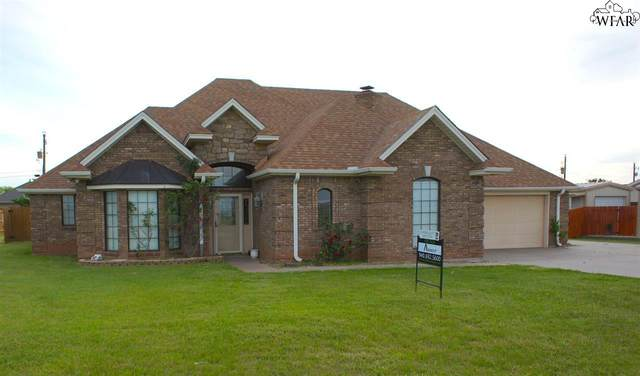 24 Billie Joyce Street, Lakeside City, TX 76310 (MLS #159555) :: WichitaFallsHomeFinder.com