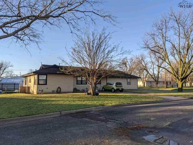 100 Linden Street, Burkburnett, TX 76354 (MLS #159789) :: Bishop Realtor Group
