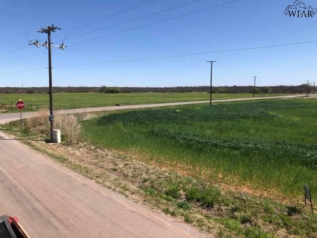 2195 E Watts Road, Iowa Park, TX 76367 (MLS #160125) :: Bishop Realtor Group
