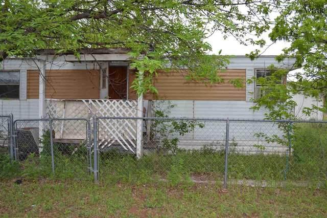 1403 E Fort Worth Street, Wichita Falls, TX 76301 (MLS #160247) :: WichitaFallsHomeFinder.com