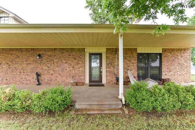 802 N Center Street, Archer City, TX 76351 (MLS #160500) :: Bishop Realtor Group