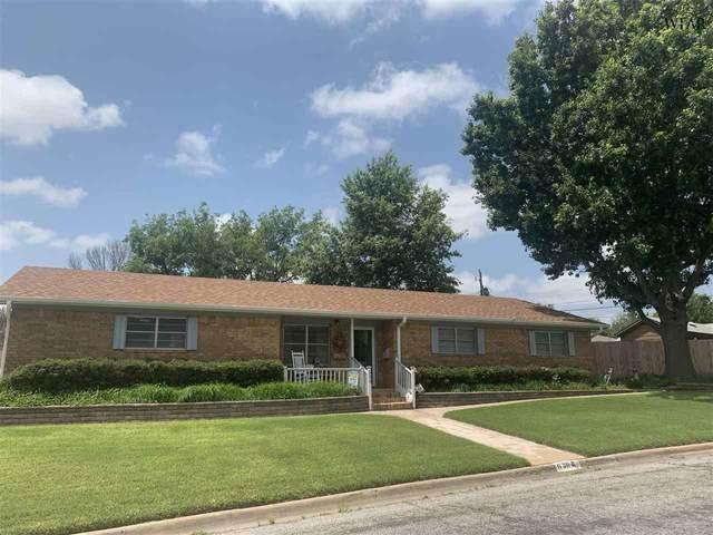 620 Oak Street, Burkburnett, TX 76354 (MLS #160742) :: Bishop Realtor Group