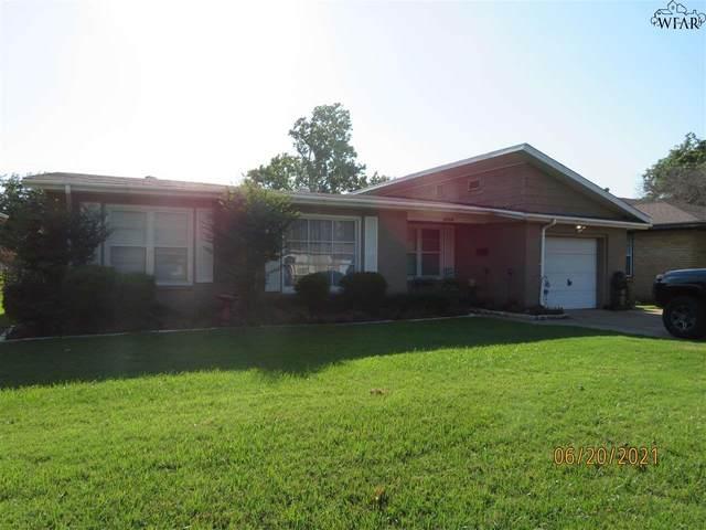 4730 Augusta Lane, Wichita Falls, TX 76302 (MLS #160845) :: Bishop Realtor Group