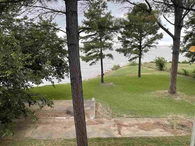 208 Short Street, Henrietta, TX 76365 (MLS #160859) :: Bishop Realtor Group