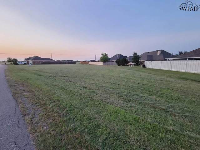 1403 Sioux Lane, Burkburnett, TX 76354 (MLS #160900) :: Bishop Realtor Group