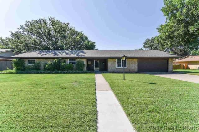 909 Kiowa Drive, Burkburnett, TX 76534 (MLS #161034) :: WichitaFallsHomeFinder.com