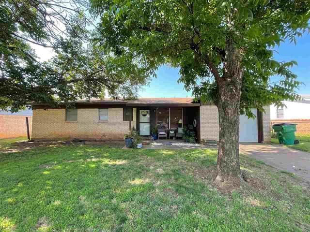 415 W Valley Drive, Iowa Park, TX 76367 (MLS #161187) :: WichitaFallsHomeFinder.com