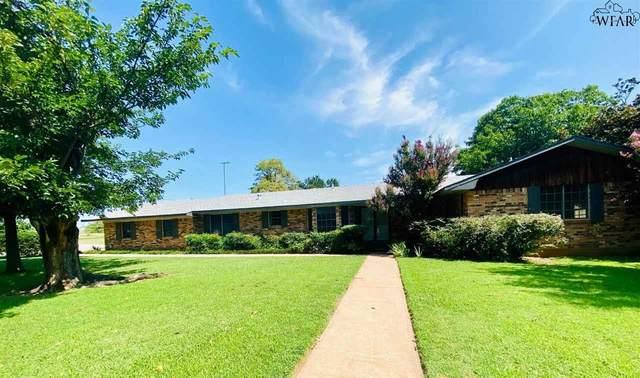 714 W Coleman Avenue, Iowa Park, TX 76367 (MLS #161219) :: WichitaFallsHomeFinder.com