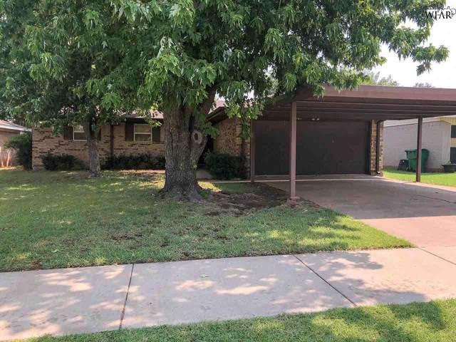 509 E Commerce Street, Henrietta, TX 76365 (MLS #161446) :: WichitaFallsHomeFinder.com