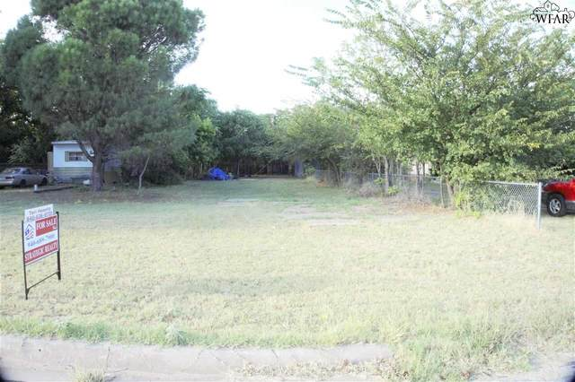 625 E 3RD STREET, Burkburnett, TX 76354 (MLS #161796) :: Bishop Realtor Group