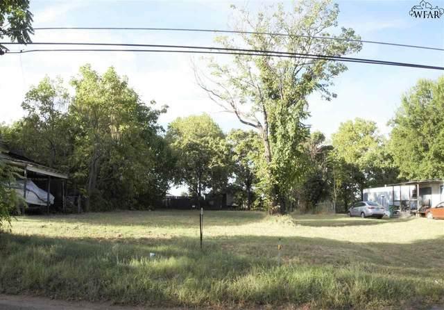 709 E College Street, Burkburnett, TX 76354 (MLS #161800) :: Bishop Realtor Group