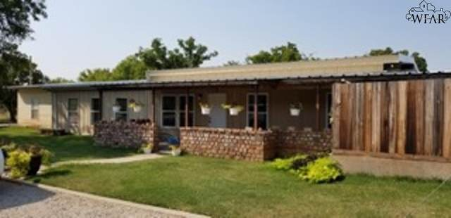 116 W Blanchard Street, Henrietta, TX 76365 (MLS #161952) :: Bishop Realtor Group