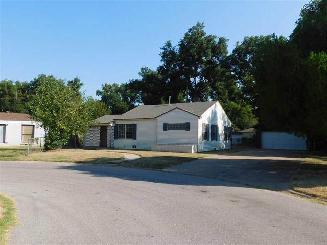111 Rose Street, Burkburnett, TX 76354 (MLS #162000) :: Bishop Realtor Group