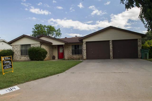 1314 Amherst Street, Burkburnett, TX 76354 (MLS #153271) :: WichitaFallsHomeFinder.com