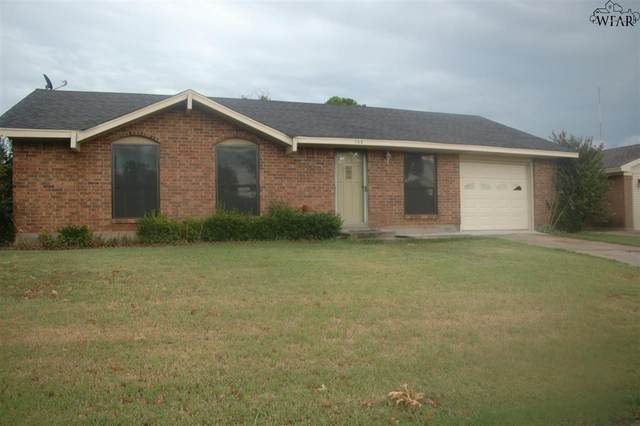 108 Valley Drive, Electra, TX 76360 (MLS #158132) :: WichitaFallsHomeFinder.com