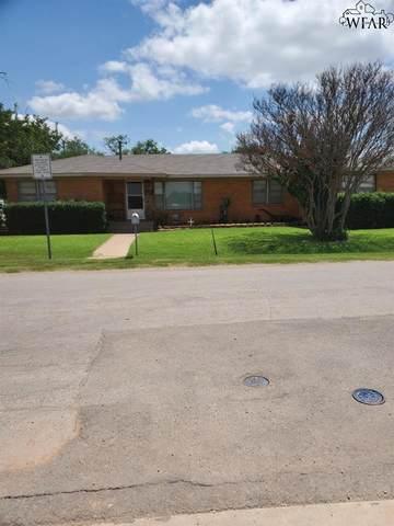 511 E Cash Street, Iowa Park, TX 76367 (MLS #160895) :: WichitaFallsHomeFinder.com