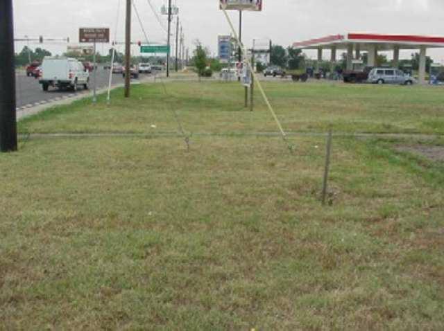 2211 Southwest Parkway, Wichita Falls, TX 76308 (MLS #116076) :: WichitaFallsHomeFinder.com