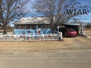 611 E Williams Street, Archer City, TX 76351 (MLS #147864) :: WichitaFallsHomeFinder.com