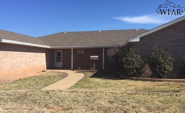 3653 Wellington Lane, Wichita Falls, TX 76305 (MLS #148011) :: WichitaFallsHomeFinder.com
