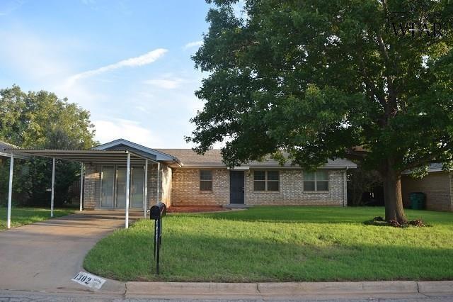 1302 Blue Jay Street, Iowa Park, TX 76367 (MLS #148020) :: WichitaFallsHomeFinder.com