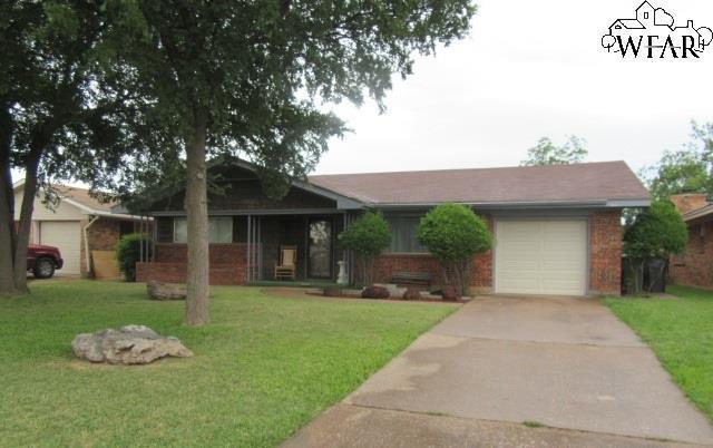 1603 Bert Drive, Wichita Falls, TX 76302 (MLS #148718) :: WichitaFallsHomeFinder.com