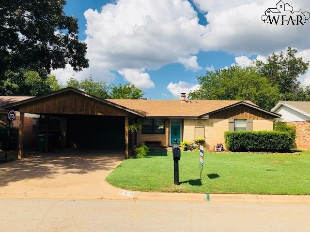 610 W Coleman Avenue, Iowa Park, TX 76367 (MLS #150543) :: WichitaFallsHomeFinder.com