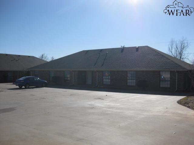 4710 Brookdale Drive, Wichita Falls, TX 76310 (MLS #151782) :: WichitaFallsHomeFinder.com
