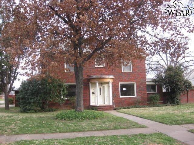 1701 Buchanan Street, Wichita Falls, TX 76309 (MLS #152344) :: WichitaFallsHomeFinder.com