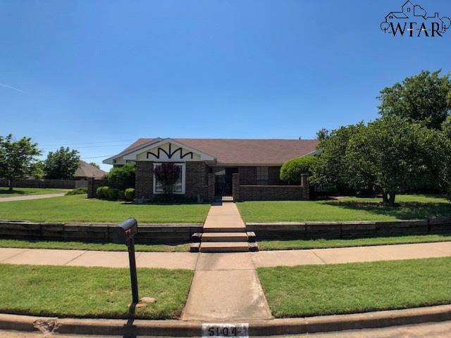 5104 Belinda Drive, Wichita Falls, TX 76310 (MLS #153389) :: WichitaFallsHomeFinder.com