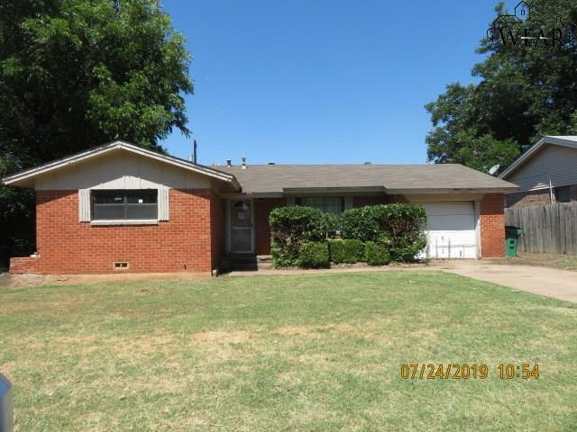 1214 Cheryl Drive, Burkburnett, TX 76354 (MLS #153841) :: WichitaFallsHomeFinder.com