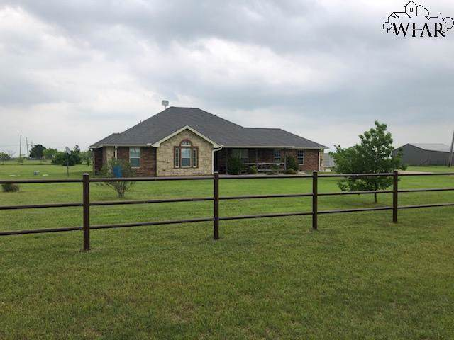 236 Red Rock Road, Wichita Falls, TX 76305 (MLS #154865) :: WichitaFallsHomeFinder.com