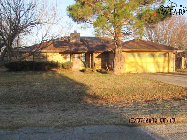 709 Royal Road, Lakeside City, TX 76308 (MLS #155337) :: WichitaFallsHomeFinder.com