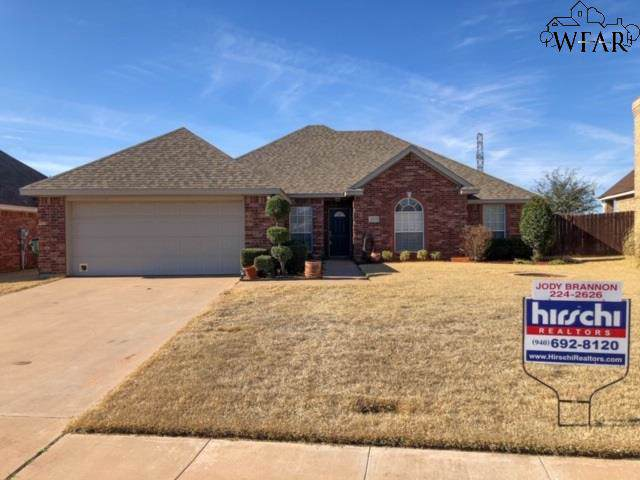 4806 Pinehurst Drive, Wichita Falls, TX 76310 (MLS #155605) :: WichitaFallsHomeFinder.com