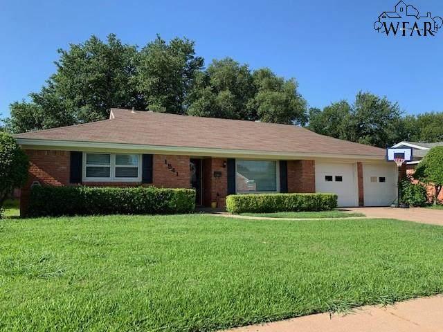 1541 Southwinds Drive, Wichita Falls, TX 76302 (MLS #157154) :: Bishop Realtor Group