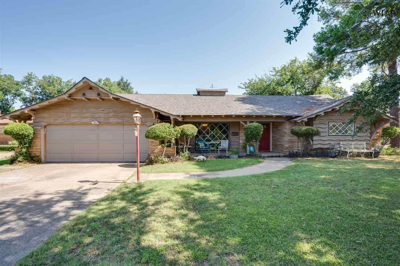 1528 Mesquite Street - Photo 1