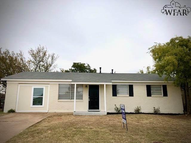 2806 Roanoke Drive, Wichita Falls, TX 76306 (MLS #158425) :: Bishop Realtor Group