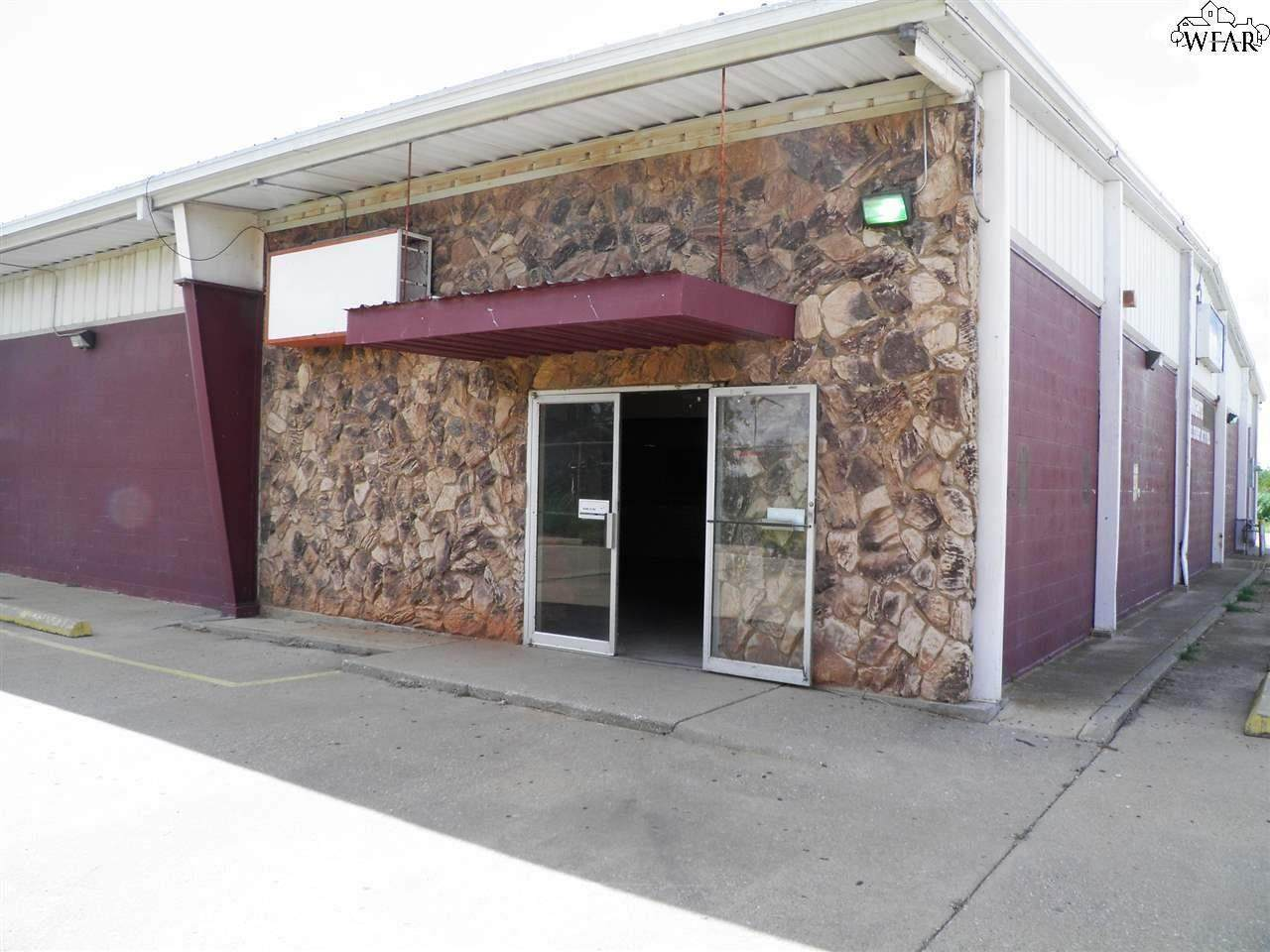 1621 Enterprise Street - Photo 1