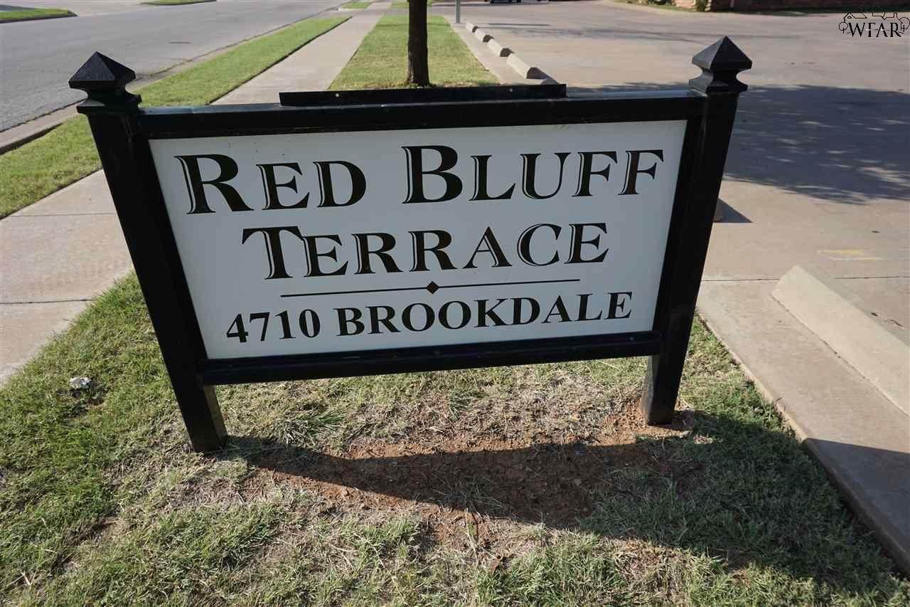 4710 Brookdale Drive - Photo 1
