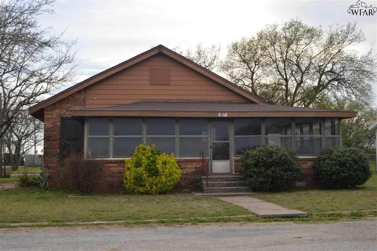 608 Prairie Street - Photo 1