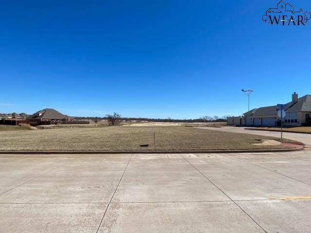 5413 Stone Lake, Wichita Falls, TX 76310 (MLS #159450) :: Bishop Realtor Group