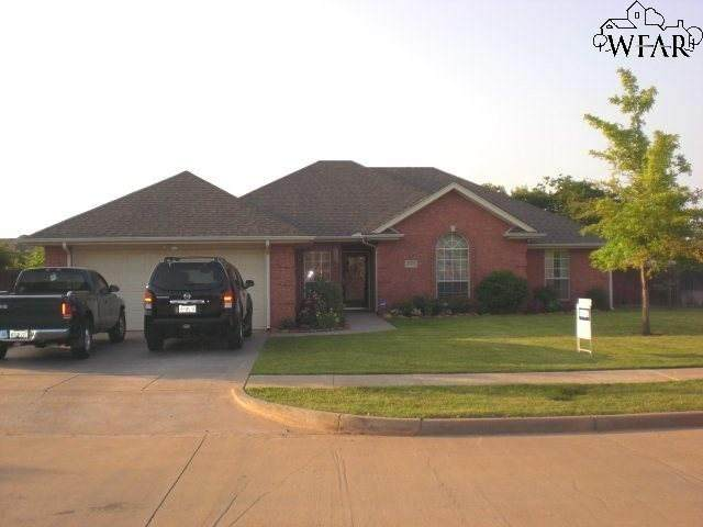 4302 Canyon Trails Drive - Photo 1
