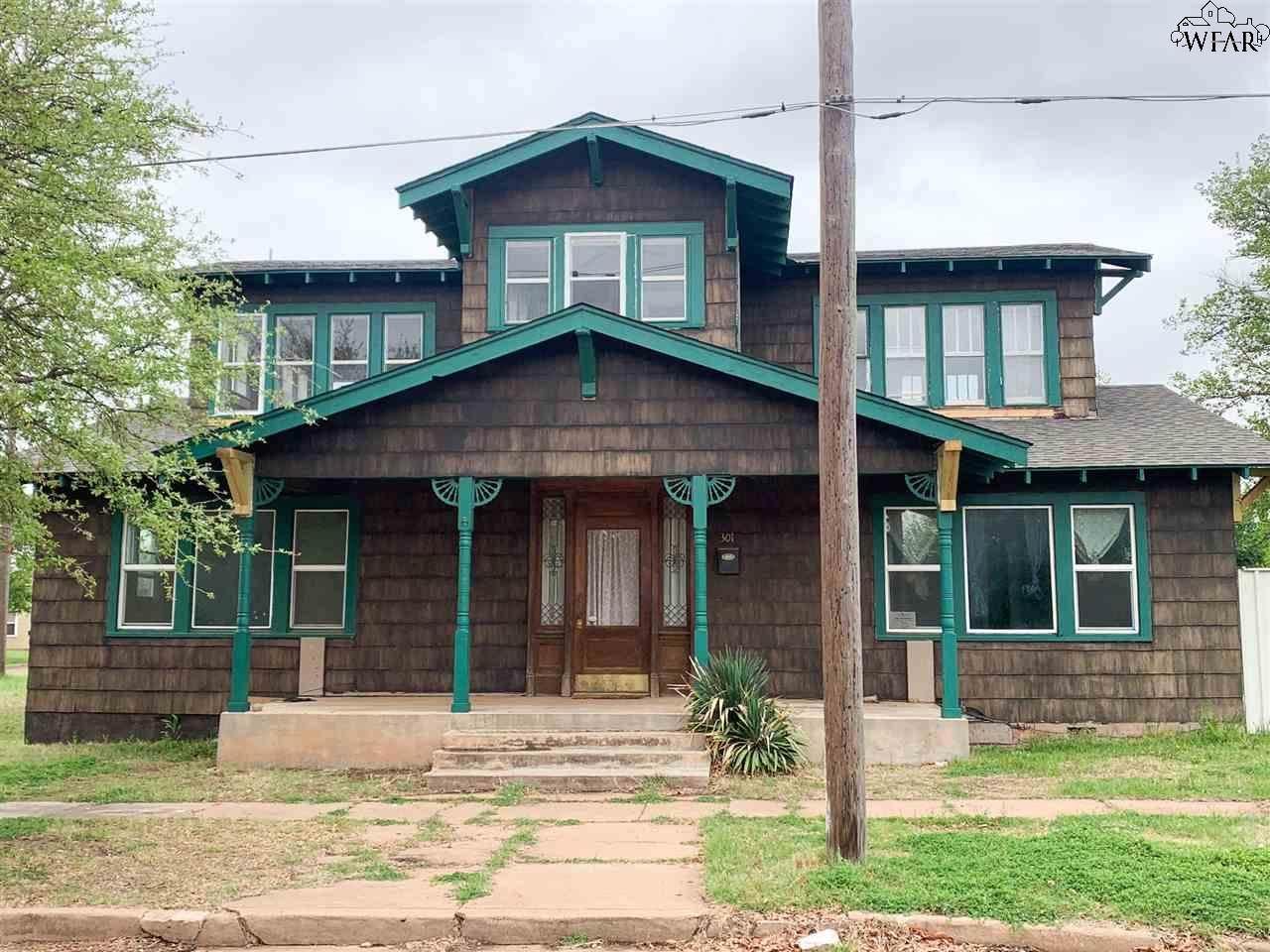 301 Wichita - Photo 1