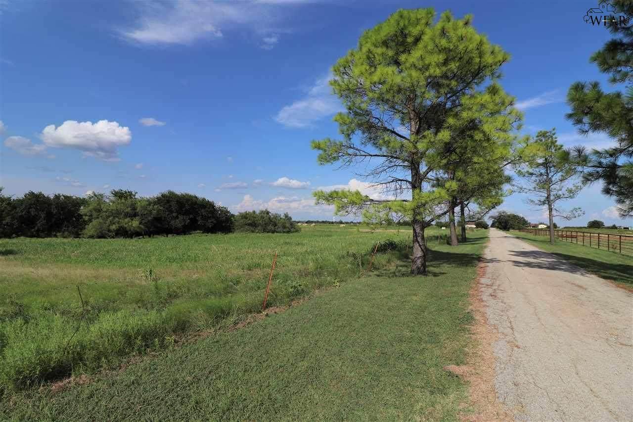 596 Adair Road - Photo 1