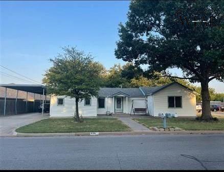 406 S Preston Road, Burkburnett, TX 76354 (MLS #161895) :: Bishop Realtor Group