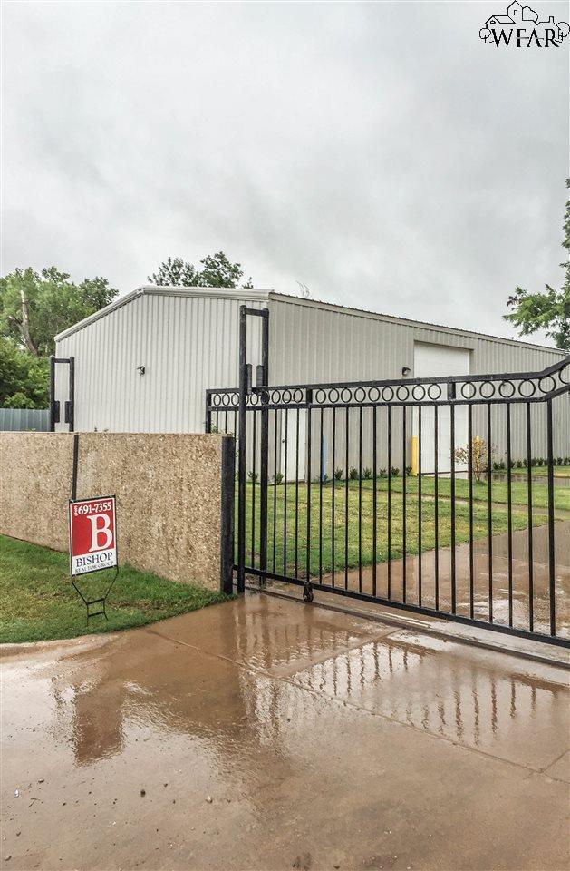 1417 - 19 32ND STREET, Wichita Falls, TX 76302 (MLS #139503) :: WichitaFallsHomeFinder.com