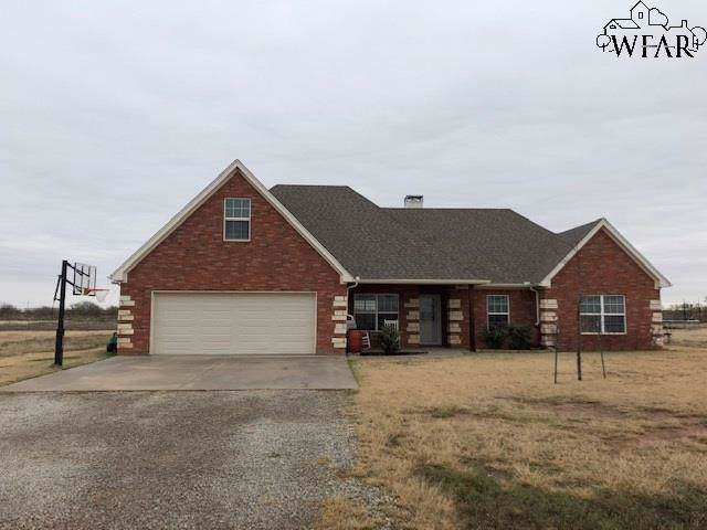 13295 Patterson Road, Iowa Park, TX 76367 (MLS #154608) :: WichitaFallsHomeFinder.com