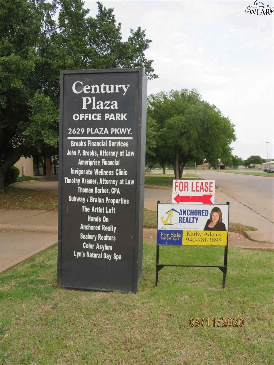 2629 Plaza Parkway - Photo 1